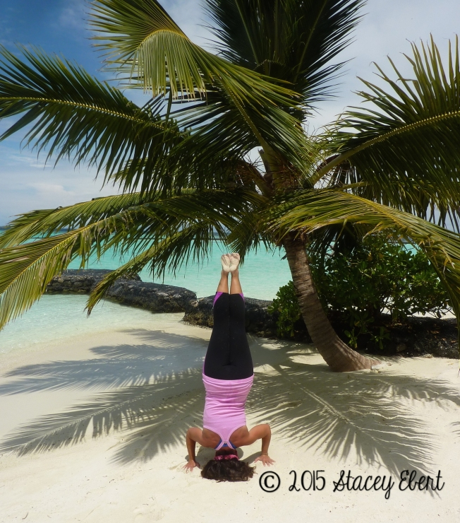 Headstand Maldives - the gift of travel