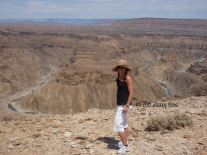 Fish River Canyon - Namibia 2009 - thegiftoftravel.wordpress.com